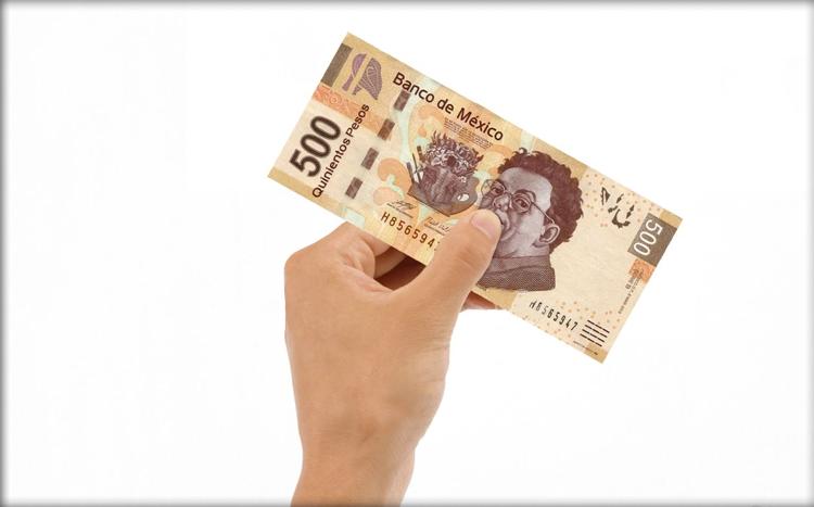 dinero en mano-financieros_5_cosas.png