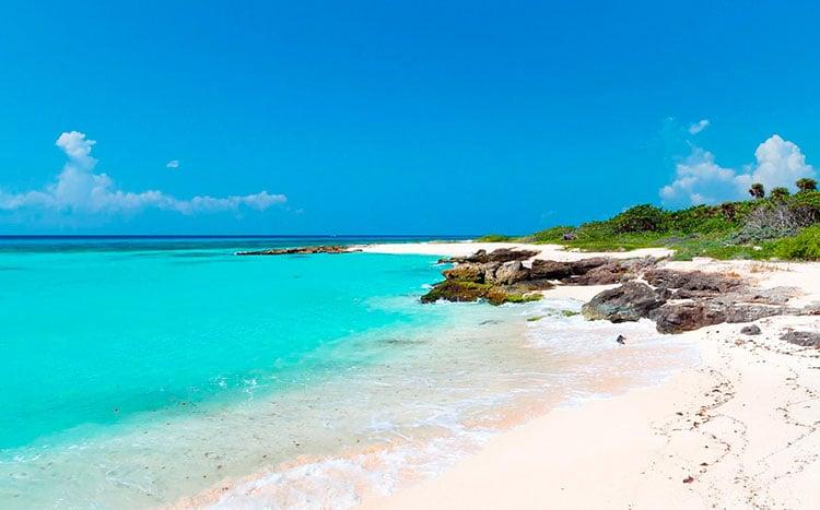 playas-cercanas-casa-cancun.jpg
