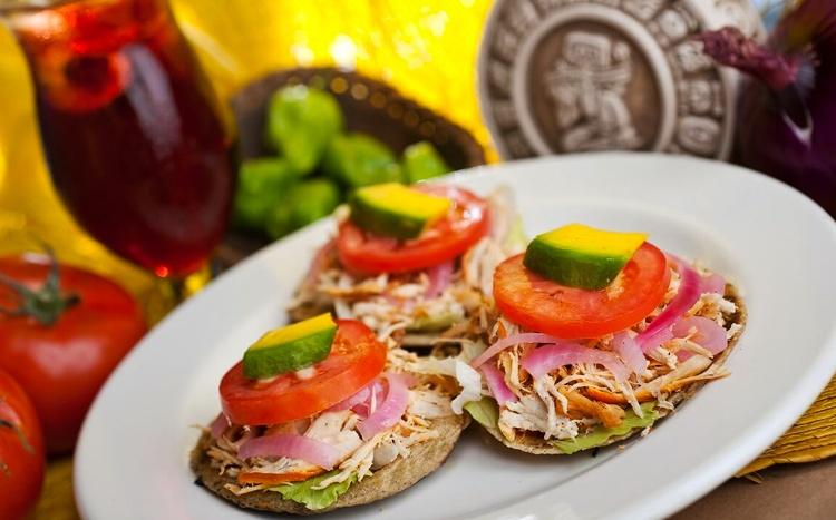 salbutes-comida-valladolid-yucatan.jpg